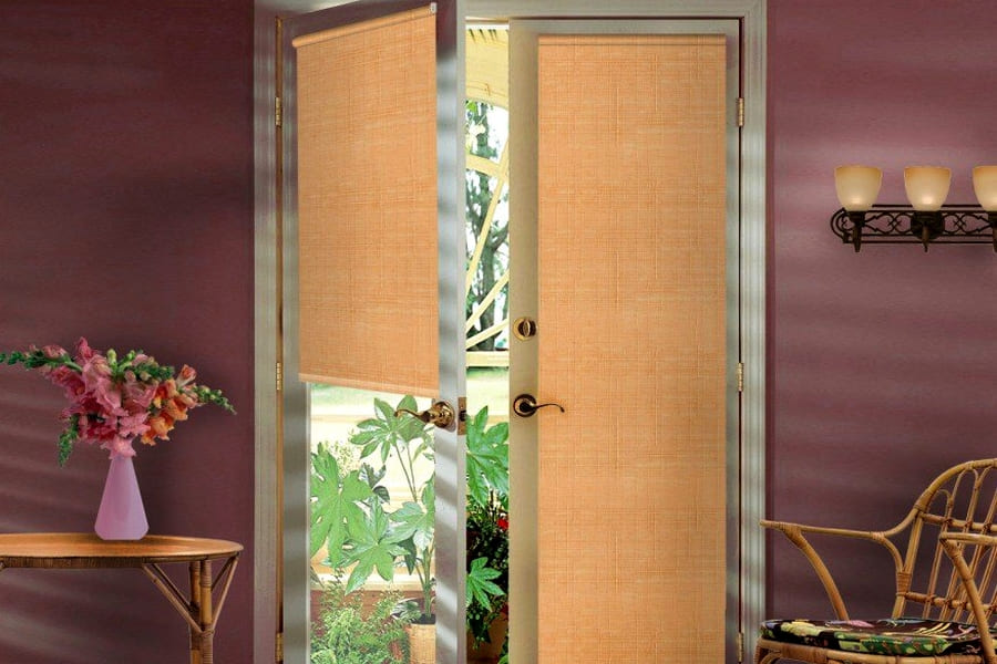 купить рулонные шторы на балконную дверь